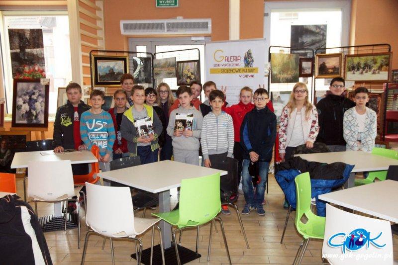 Uczniowie PSP nr 2 na wystawie